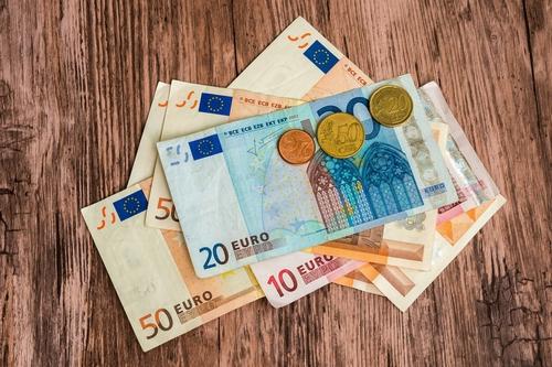 Liegen tegen verzekeraar kost je 532 euro