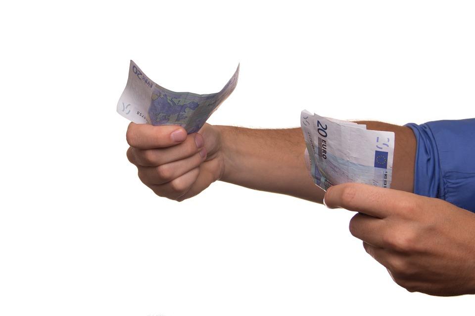 Rente doorlopend krediet dient mee te bewegen met marktrente